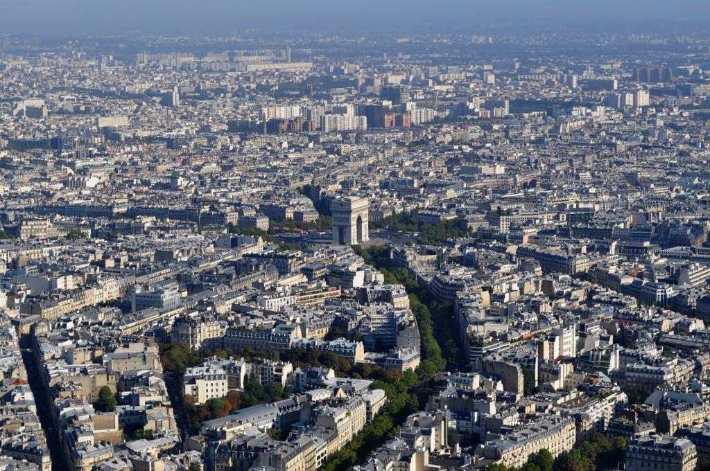 Paříž: Vítězný oblouk, pohled z Eifelovy věže