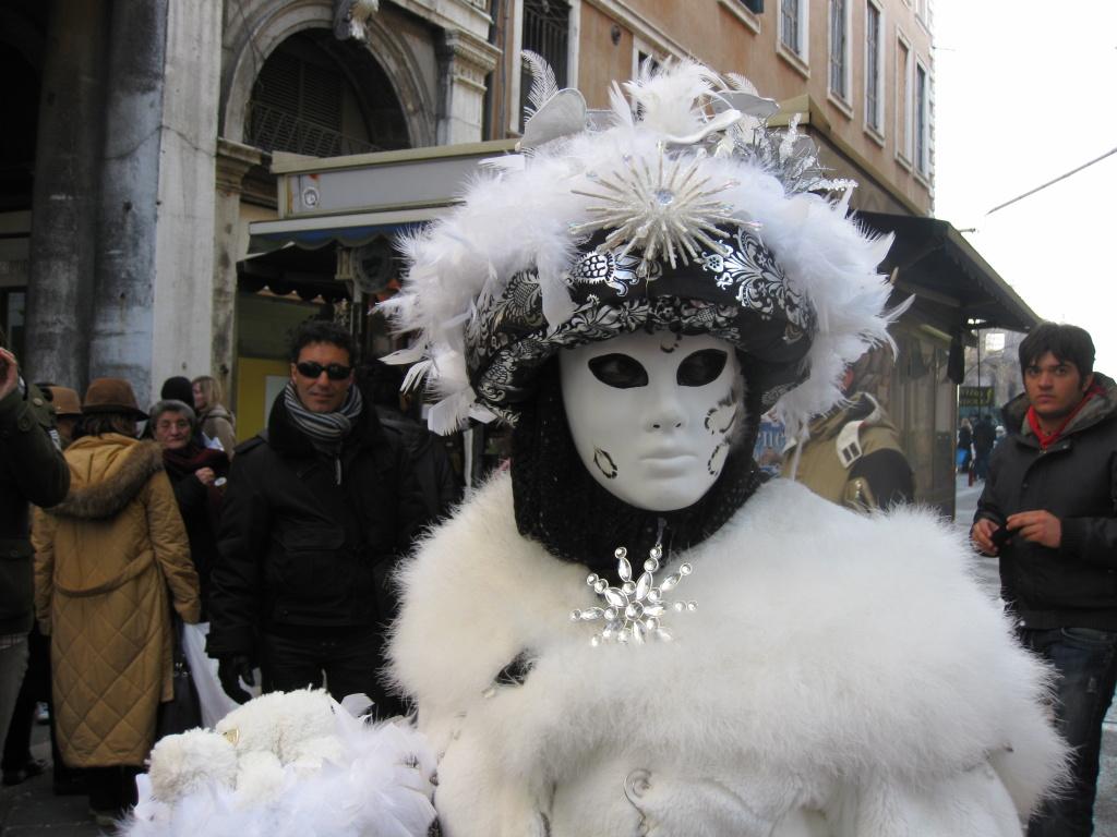 Karneval Benátky: Bílá maska