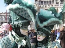 Karneval Benátky: Tyrkysové masky